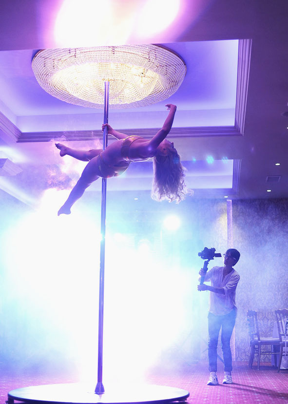 dans la bara, evenimente, pole dance